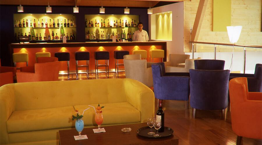 YELLOW Hotel de Alvor